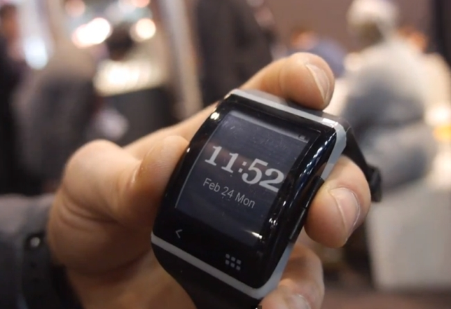 Archos E Ink toucshcreen smartwatch