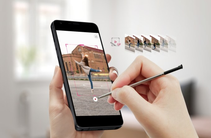 LG Stylo 4 is a budget phone with a big display and a stylus