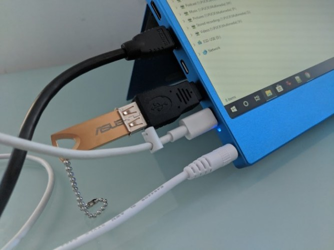 Taihe Gemini portable 1080p touchscreen monitor preview