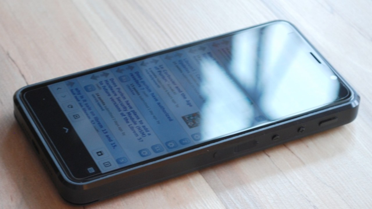 Purism Librem 5 Linux smartphone user reviews starting to
