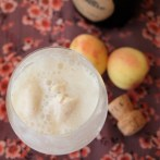 Apricot ice-cream and cava dessert