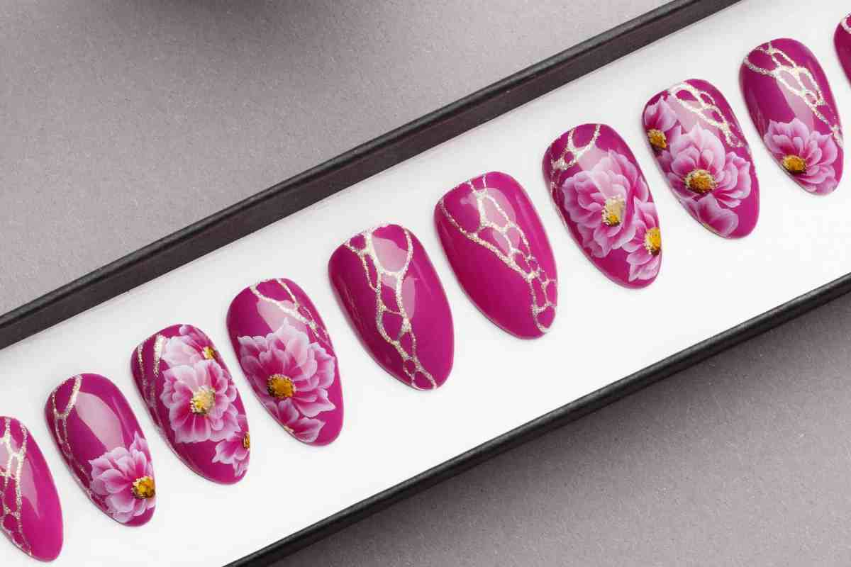 Crimson Press on Nails with One Stroke Flowers | GoldenTracery | Hand painted Nail Art | Fake Nails | False Nails | Celebrity Nails