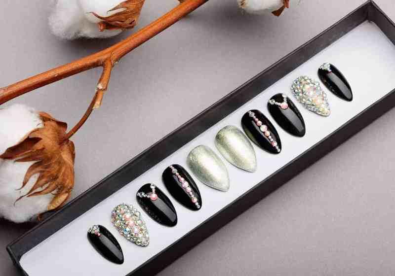 Princess Press on Nails with Swarovski Crystals | White Gold | Hand painted Nail Art | Fake Nails | False Nails