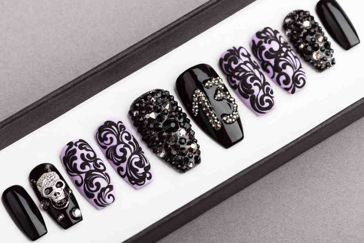 13 Monkeys Halloween Press on Nails with Swarovski Crystals | Gothic nails | Hand painted Nail Art | Fake Nails | False Nails | Rock Nails