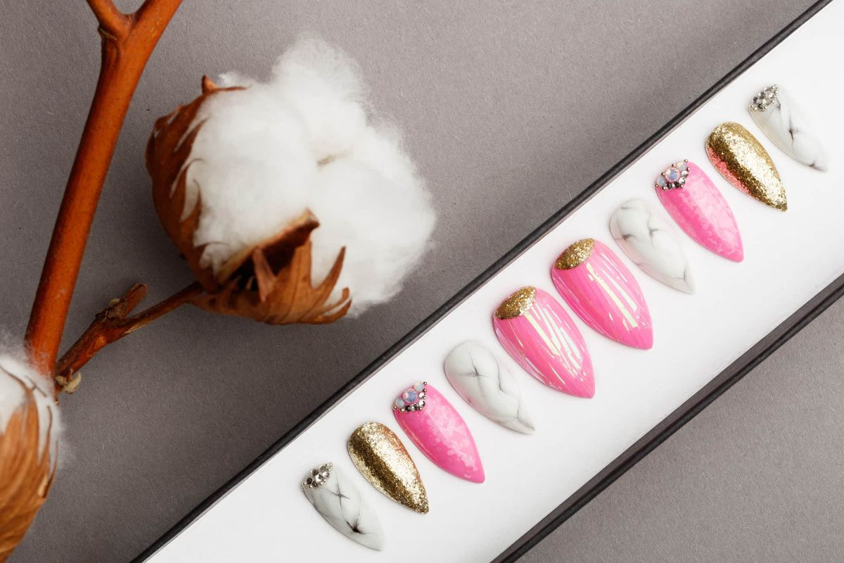 Pink Abstraction with Marble and Gold Press on Nails | Hand painted Nail Art | Fake Nails | False Nails | Artificial Nails | Glitters
