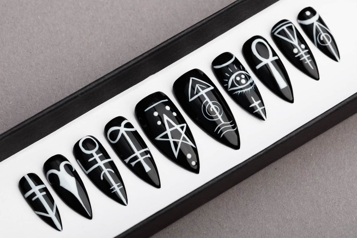 Sigil Press on Nails, Occult signs | Black Nails | Hand painted Nail Art | Fake Nails | False Nails | Black Magic