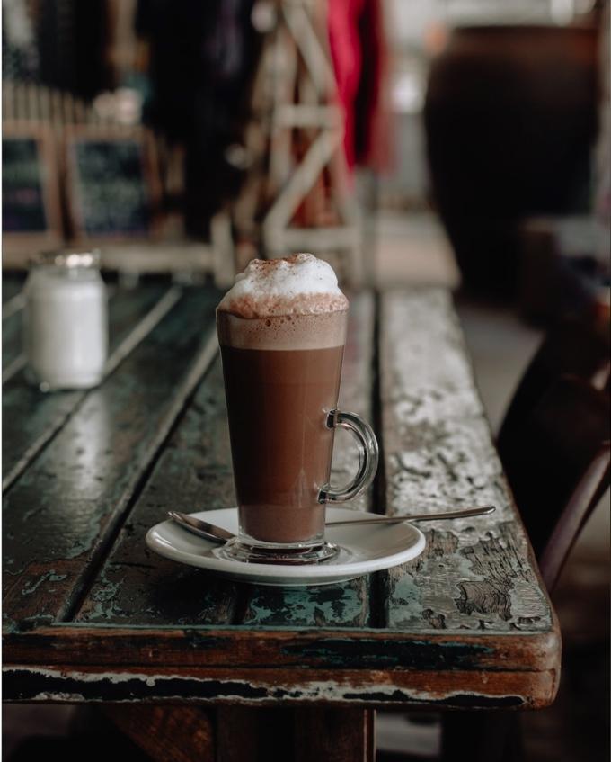 cioccolato caldo tazza panna