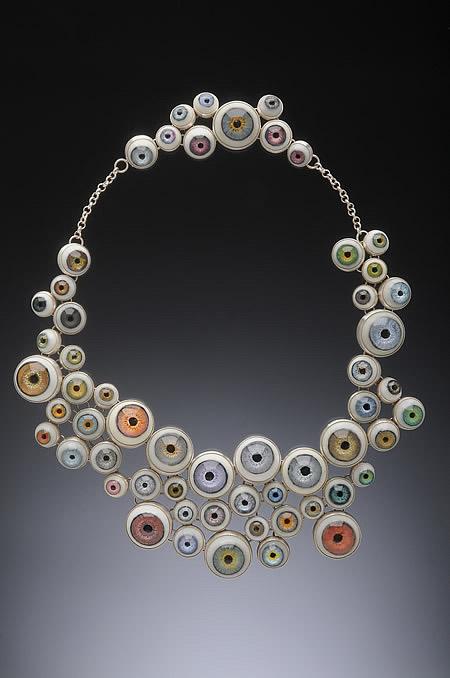 Eyeball-Necklace
