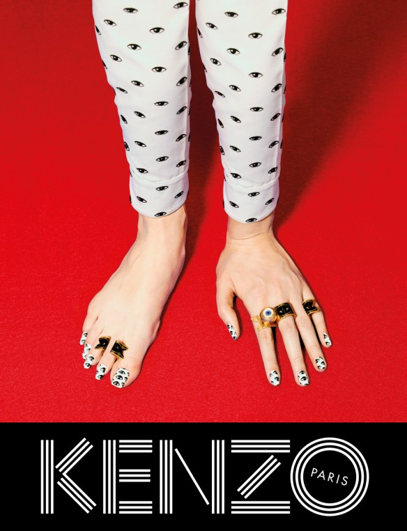 kenzo-fw13-campaign-hand-feet_web