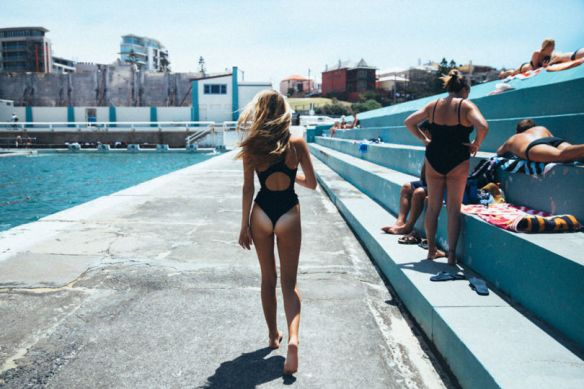 copyright-2014-POOLSIDE-by-David-Hauserman-for-C-Heads-22-810x540