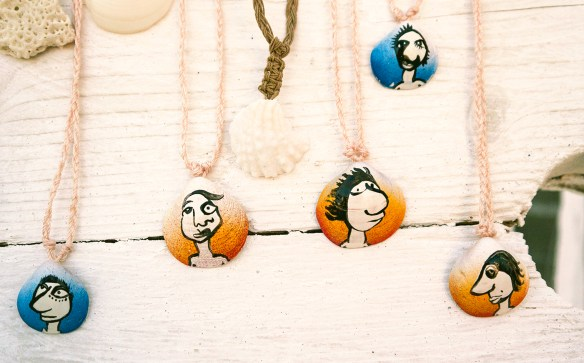 handpainted-shell-necklaces