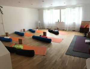 Restorative Yoga Lilla Studion