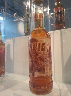9eme concept - bouteille collector desperados
