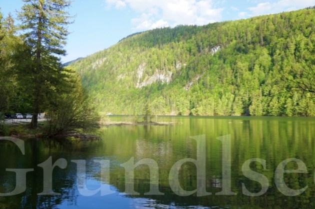 奧地利湖區秘境自駕自由行|Grundlsee、Lake toplitz我心中最美的奧地利森林與那神秘湖泊