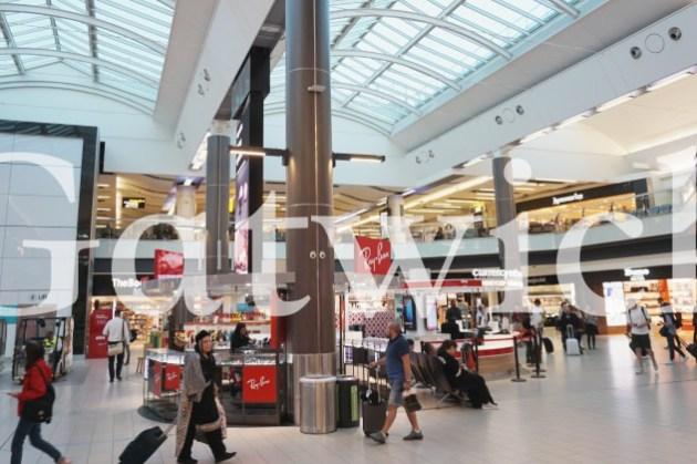 英國倫敦蓋威克Gatwick機場攻略|機場到市區交通教學、機場免稅店、退稅、過海關