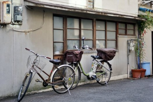 大阪文青景點|中崎町交通、古著二手店、咖啡廳,KAYA cafe好吃蛋包飯