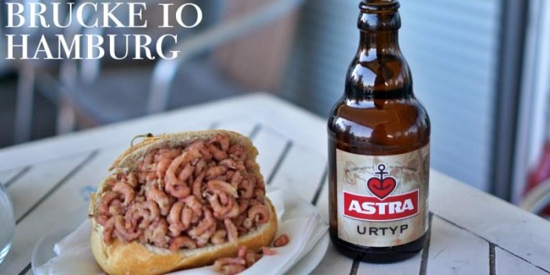 【德國漢堡美食】Brücke 10排隊海鮮小吃,正港海港口味蝦堡魚堡