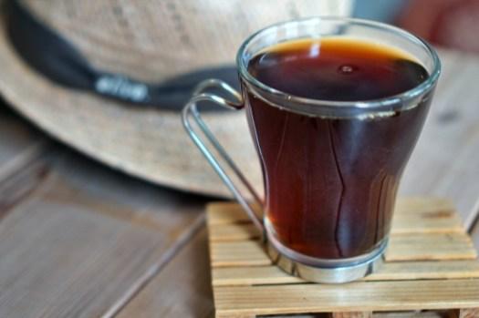 台東都蘭咖啡廳 逗留豆遊,自家烘焙咖啡佐可愛雪納瑞托托