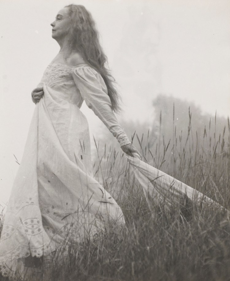 Lillian on Hill (Lillian Gish) by Nell Dorr Amon Carter Museum 1960