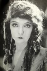 The Movies Mr. Griffith and Me (03 1969) - Orphans of The Storm 1922 — with Lillian Gish2.