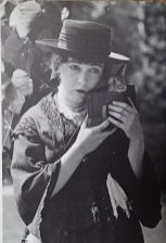 dorothy gish - as photographed for - dorothy and lillian gish - by lillian gish 35