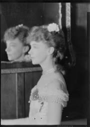 Laura Gilpin (1891-1979); Lillian Gish, Central City; 1932; nitrate negative; Amon Carter Museum of American Art; Fort Worth TX; P1979.240.2