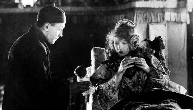 Broken Blossoms - Richard Barthelmess and Lillian Gish