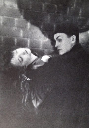 "Lillian Gish and Richard Barthelmess in ""Broken Blossoms"" (Lucy Burrows and Cheng Huan ""Chinky"")"