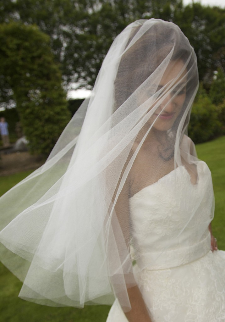 5 Ways to Wear Your Veil  Lillian Lottie Couture