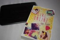 girl-online-on-tour