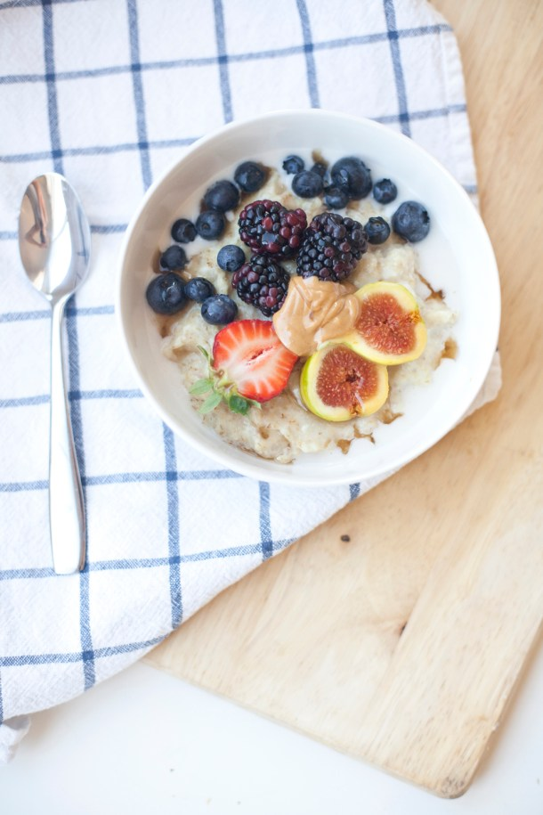 Protein Oatmeal with sneaky eggwhites www.lillieeatsandtells.com