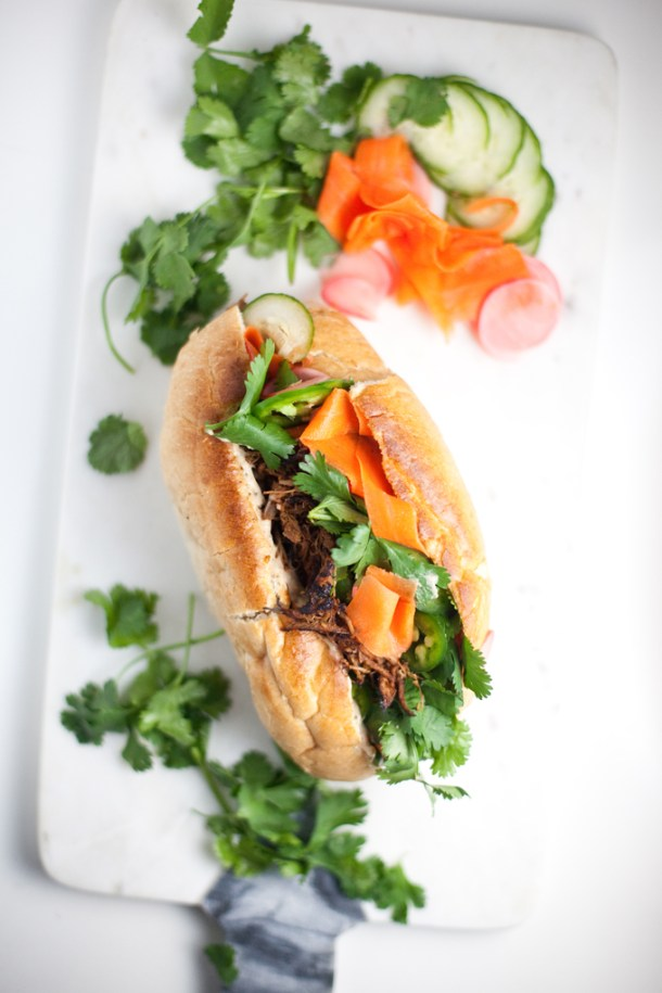 Lightened up Banh Mi Sandwich #macrofriendly #skinnyrecipes #weightwatchers #healthy #banhmi www.lillieeatsandtells.com