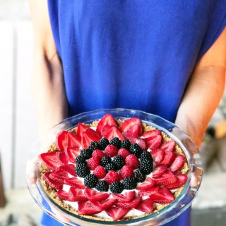 Greek Yogurt and Berry Tart www.lillieeatsandtells.com