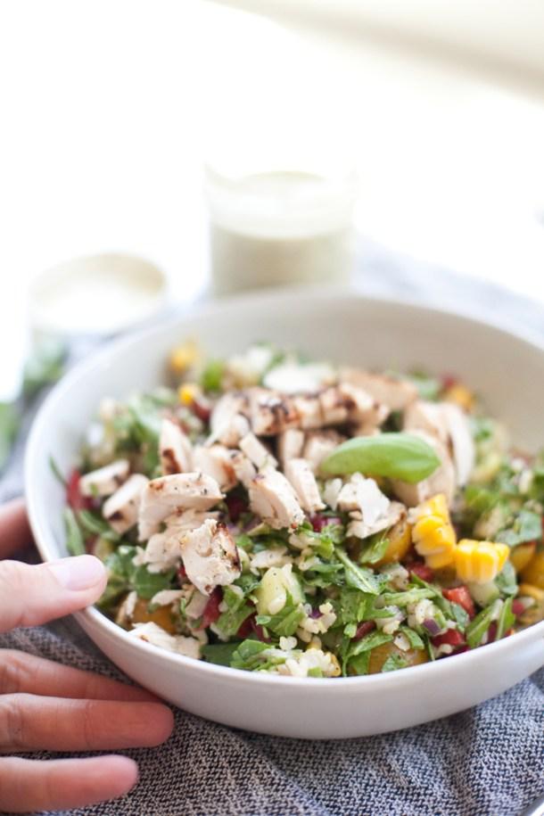 Summer Chopped Salad #macrofriendly #light #healthy www.lillieeatsandtells.com