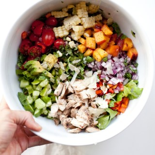 My Favorite Veggie and Peach Chopped Salad www.lillieeatsandtells.com #macrofriendly #macrofriendlyrecipes #healthyrecipes #choppedsalads #weightwatchersrecipes