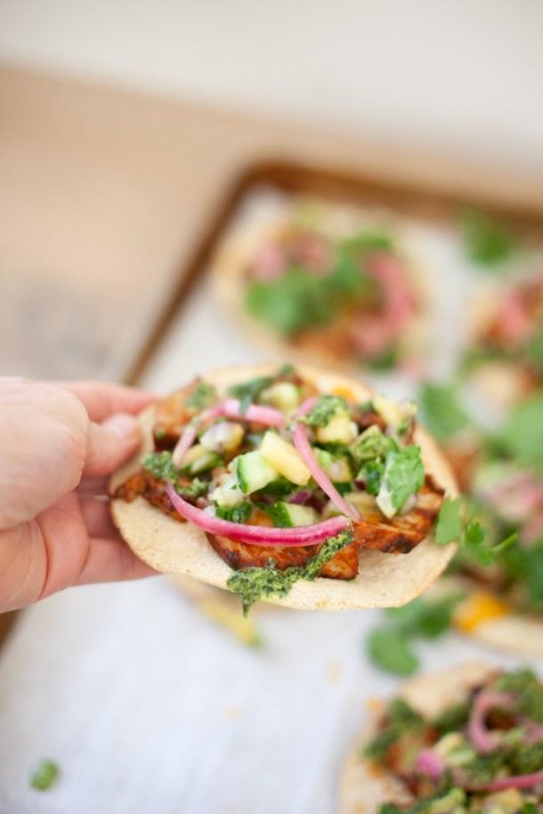 macro-friendly, healthy recipe. bbq pork tostadas. www.lillieeeatsandtells.com