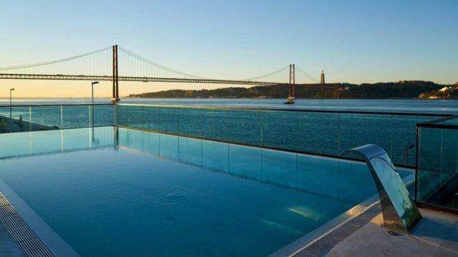 lisbona hotel con piscina