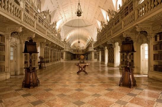 biblioteca-mafra-portogallo