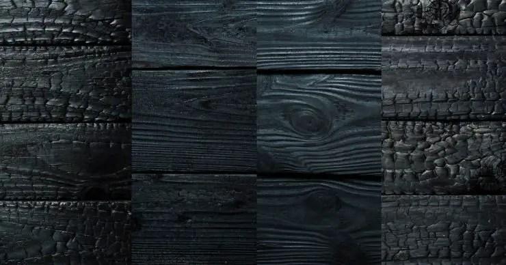 Différentes planches de bois brûlé