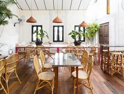 Table de restaurant et bistrot en métal et pieds bois