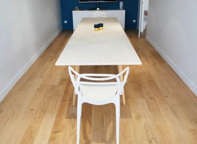 Table de réunion scandinave en Dekton