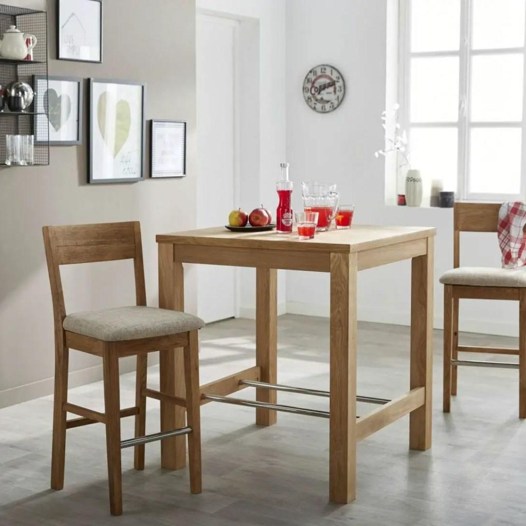 table haute en bois avec chaises