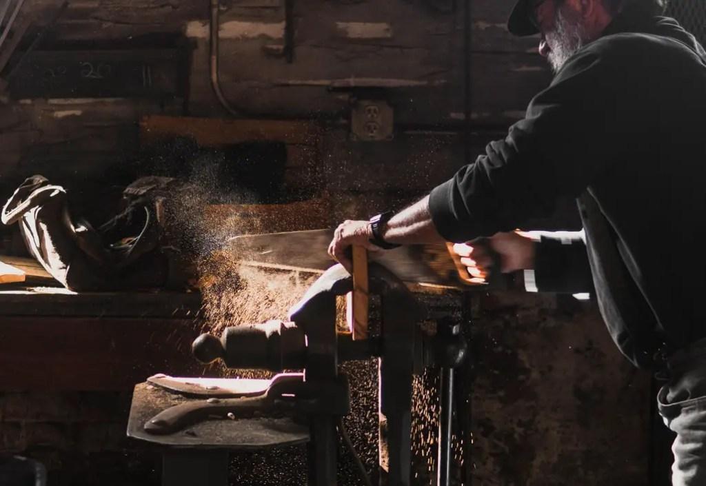 Atelier artisan construction et vente de meubles