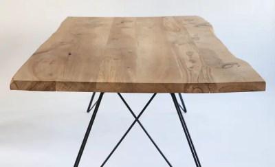 table live edge en orme et pieds en acier