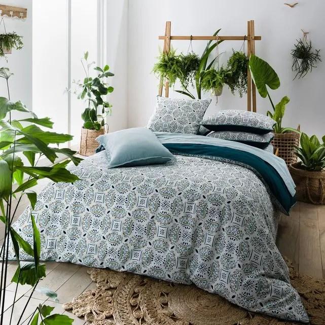 chambre avec une ambiance végétale