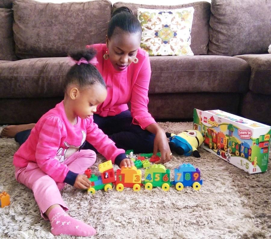 Lilmissbelle-Lego 10