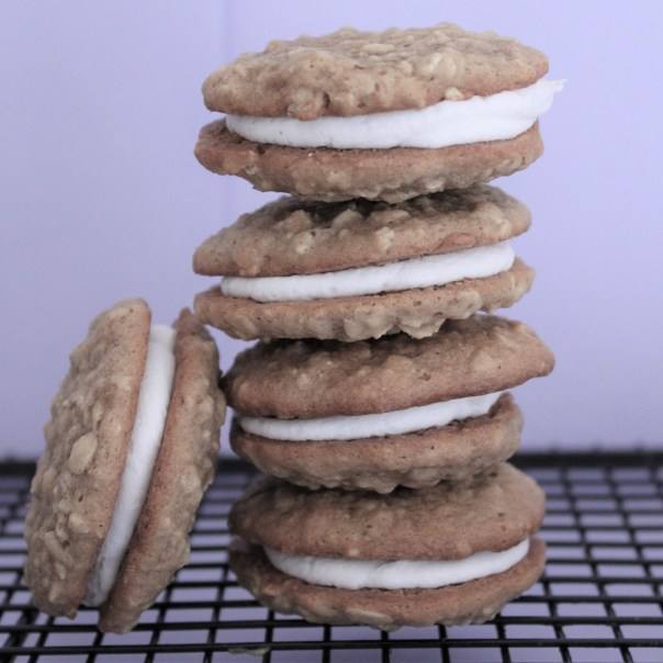 Oatmeal Cream Pies | Lil Miss Cakes