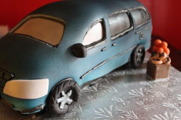 Willy's Minivan Cake
