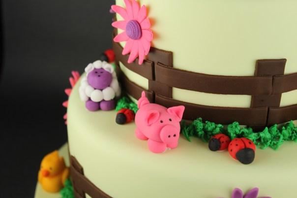 Peachy Farm Animal Birthday Cake Lil Miss Cakes Funny Birthday Cards Online Alyptdamsfinfo