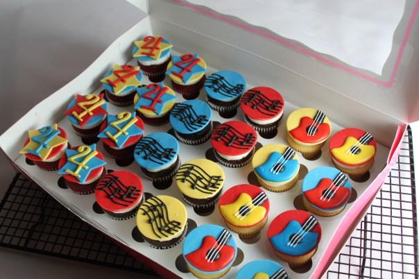 Musical Mini Cupcake Toppers